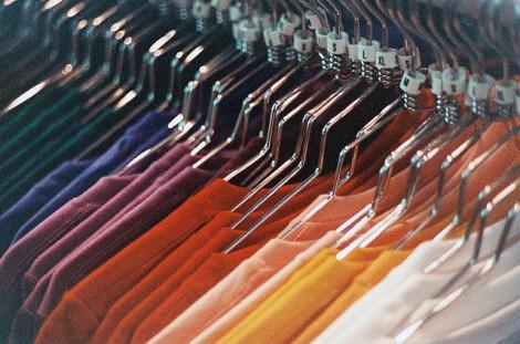 sognare tanti vestiti
