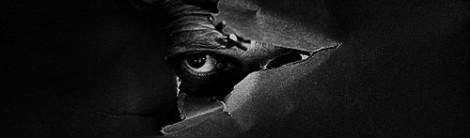 paralisi nel sonno e allucinazioni: l'intruso che ti guarda